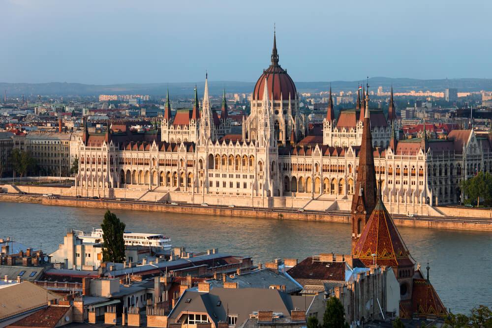 Macaristan Üniversiteleri | Yurtdışında Sınavsız Üniversite | EDICCA Akademik Danışmanlık