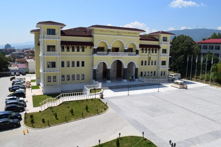 Makedonyada Üniversite Okumak